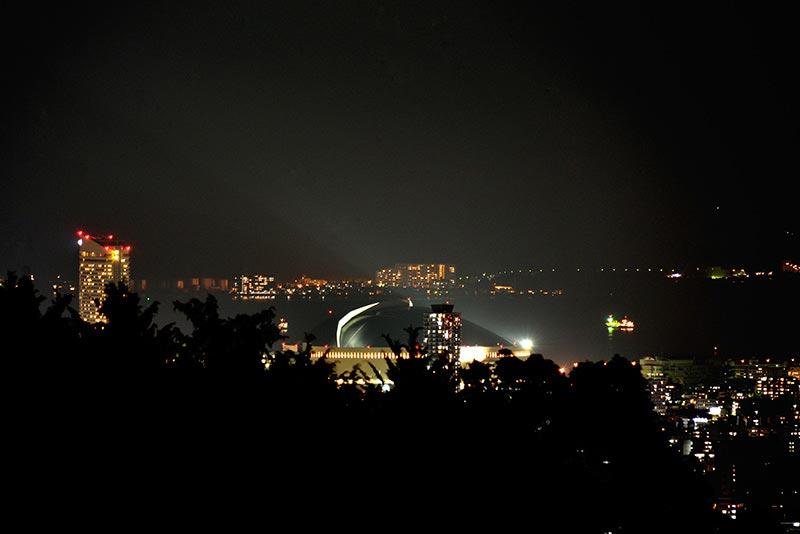 油山片江展望台からヤフードームが見える
