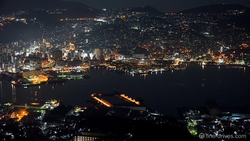 稲佐山展望台から長崎水辺の森公園を撮影