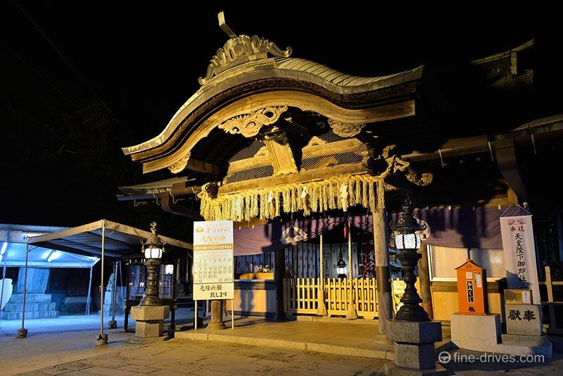 ライトアップされた愛宕神社
