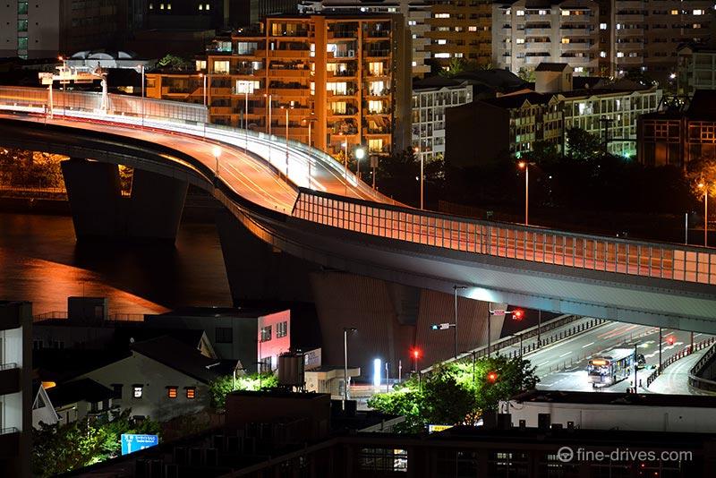 愛宕神社から見える都市高速