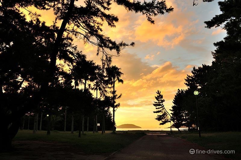 小戸公園から見える能古島