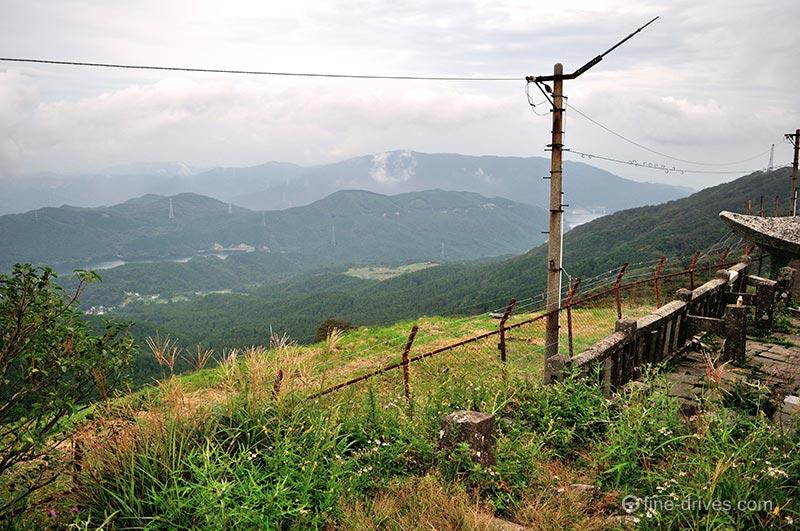 背振山山頂から見える背振ダム