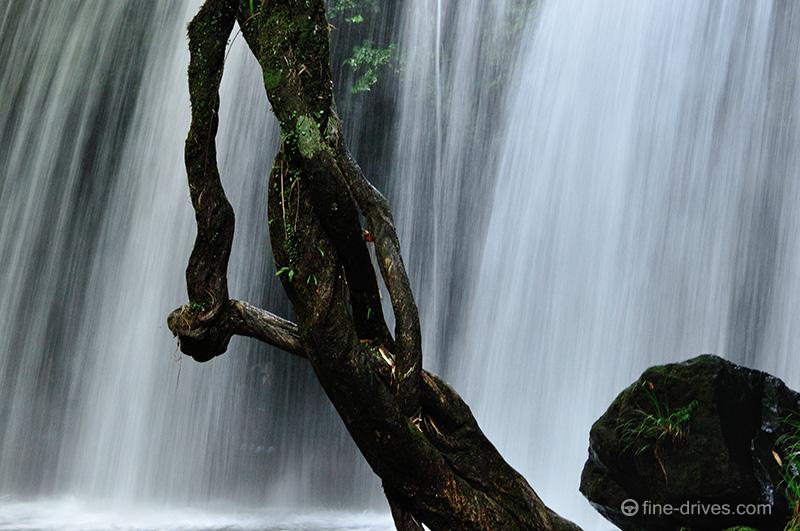 鍋ヶ滝の水量
