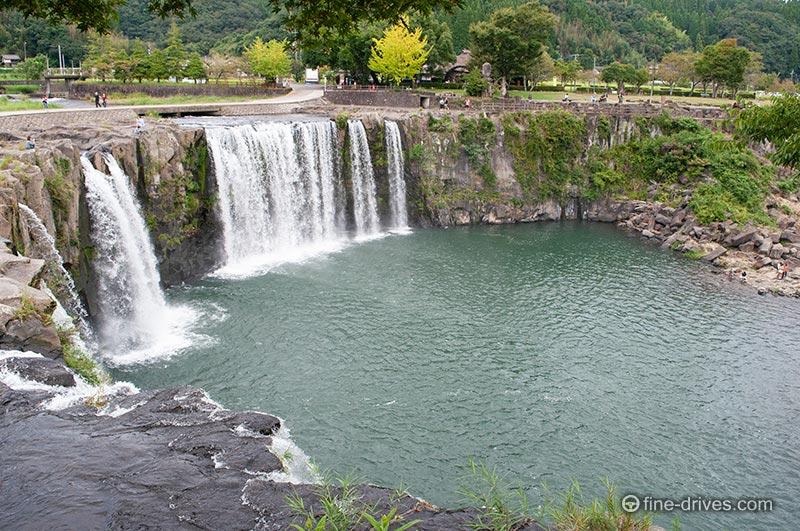 原尻の滝の滝口