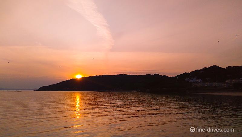 福岡県糸島市岐志漁港の夕日