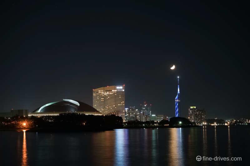 写真:オイルセンターからの百道浜の夜景